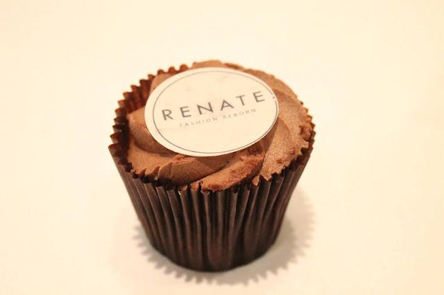 renate chocolate cupcake