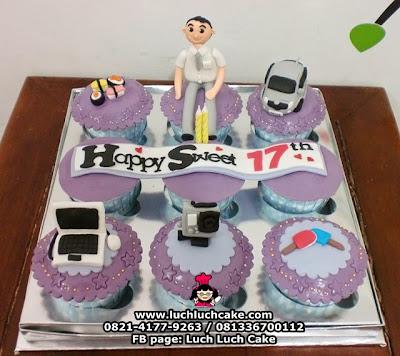 Cupcake Ulang Tahun Sweet Seventeen