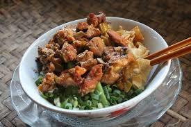 Cara membuat mie ayam spesial sendiri dirumah untuk sajian istimewa keluarga
