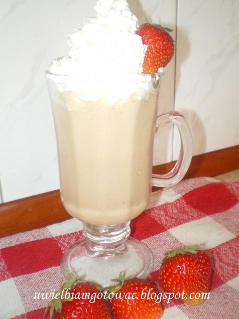 Mrożona kawa truskawkowa