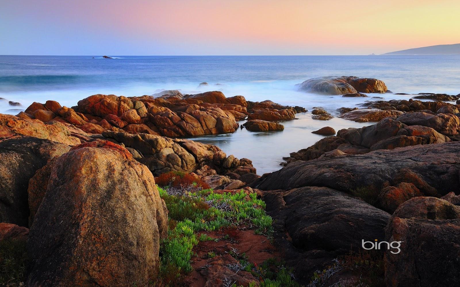 http://4.bp.blogspot.com/-HrlxhDVH49U/UEhXbF8lp5I/AAAAAAAAA3M/FJg90Lq2pII/s1600/canal-rocks-full-HD-nature-background-wallpaper-for-laptop-widescreen.jpg