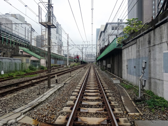 小田急線線路,代々木踏切より〈著作権フリー無料画像〉Free Stock Photos