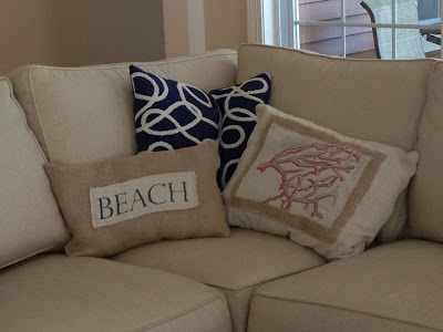 http://twoityourself.blogspot.com/2013/08/diy-beach-throw-pillows-on-cheap-and.html