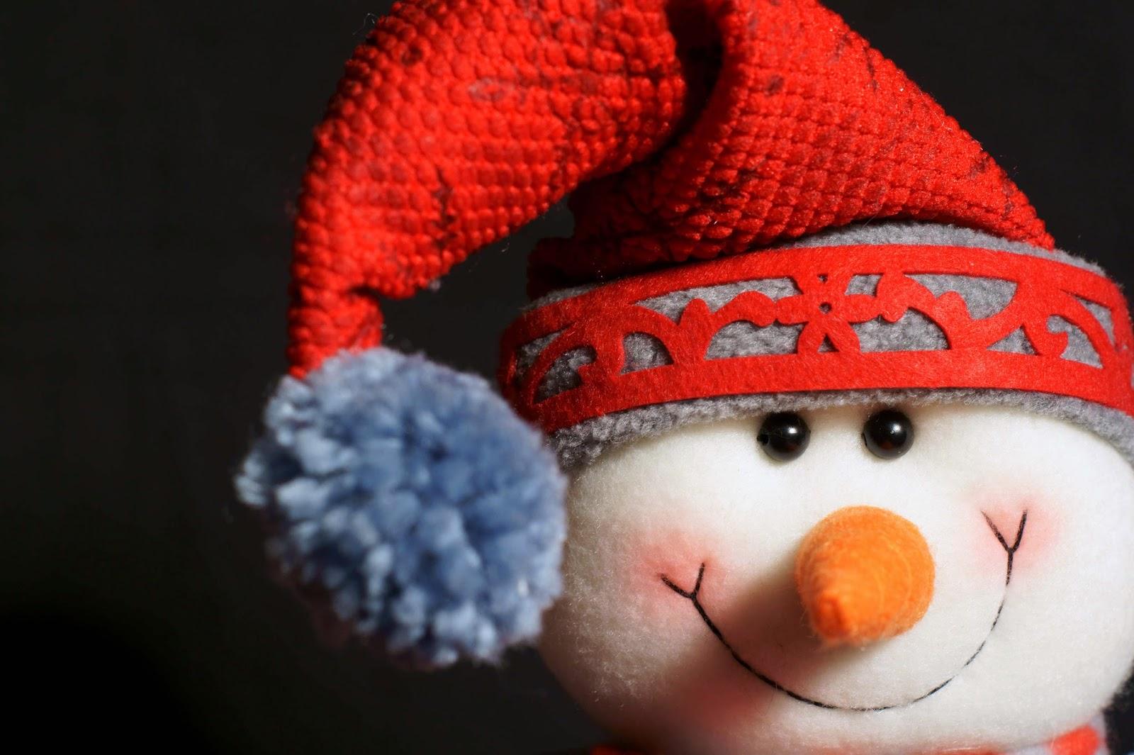 Sonriente muñeco de nieve