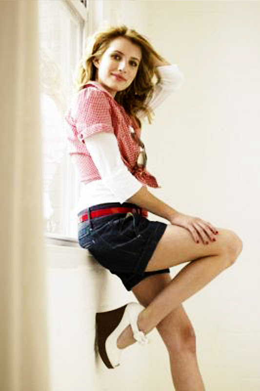 Emma roberts sexy photo