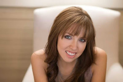 American Christian musician Francesca Battistelli Wallpapers
