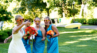 Her bridesmaids watch Jillian throw an Ultimate Frisbee
