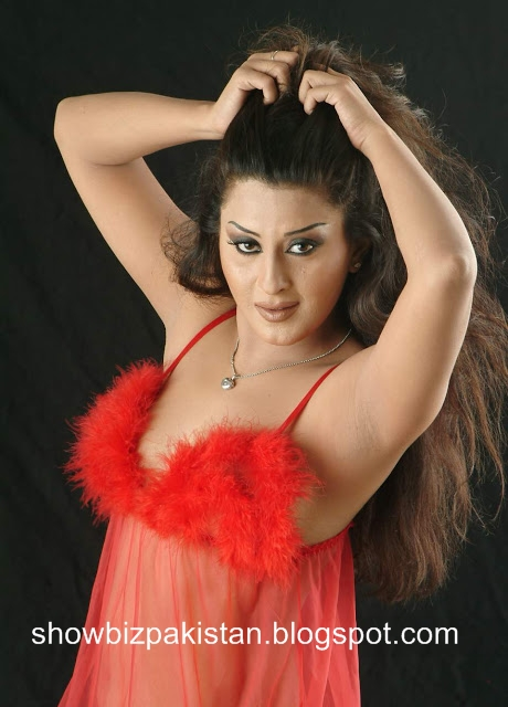 hot actress Laila