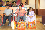 suri vs varalaxmi audio launch-thumbnail-19