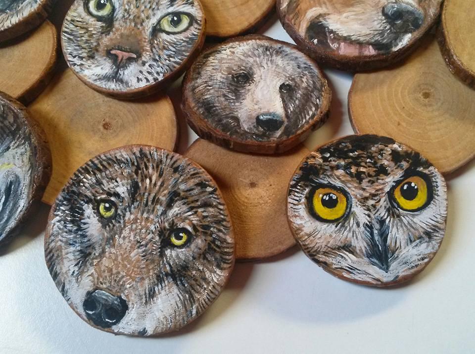 """""""PRIMI PIANI"""": CALAMITE ARTIGIANALI in legno dipinte a mano con ritratti di animali"""