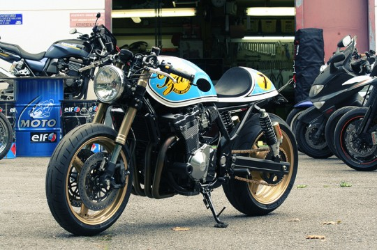 cafe racers  Suzuki Tzar by Sylvain Berneron