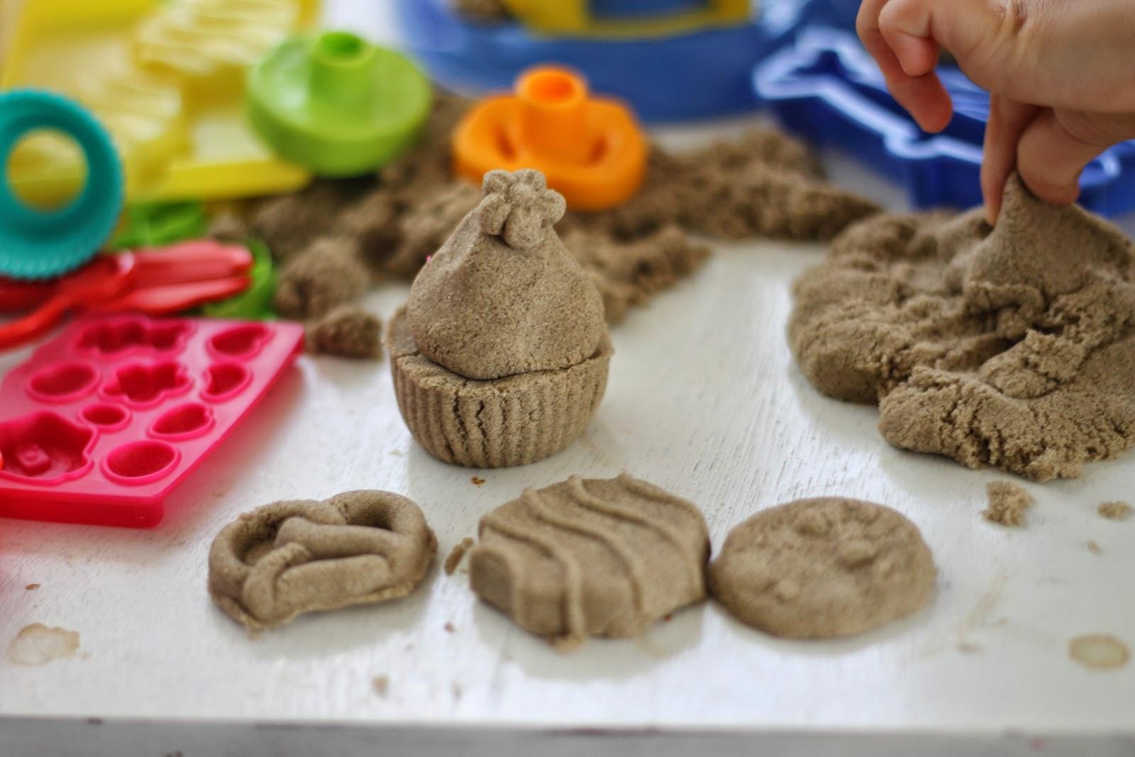 Как сделать кинетический песок без песка своими руками