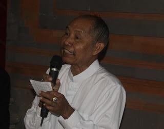Ida Pandita Mpu Natha Jaya Kusuma Ketika Walaka, Ngacung Sambil
