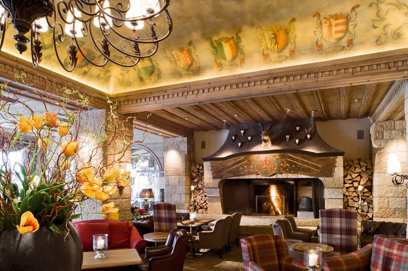 Lobby Bar at the Gstaad Palace Hotel. Photo: Gstaad Palace.