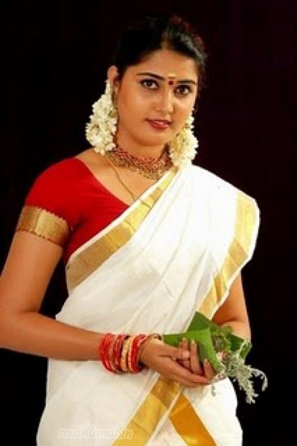 http://4.bp.blogspot.com/-HuMZa-7JY-o/Tj4_fdPjMwI/AAAAAAAAGWg/D3yw2B6Lt2o/s1600/beautoful+set+sari+wearing+sandra+jose+-+anchor+and+actress.jpg