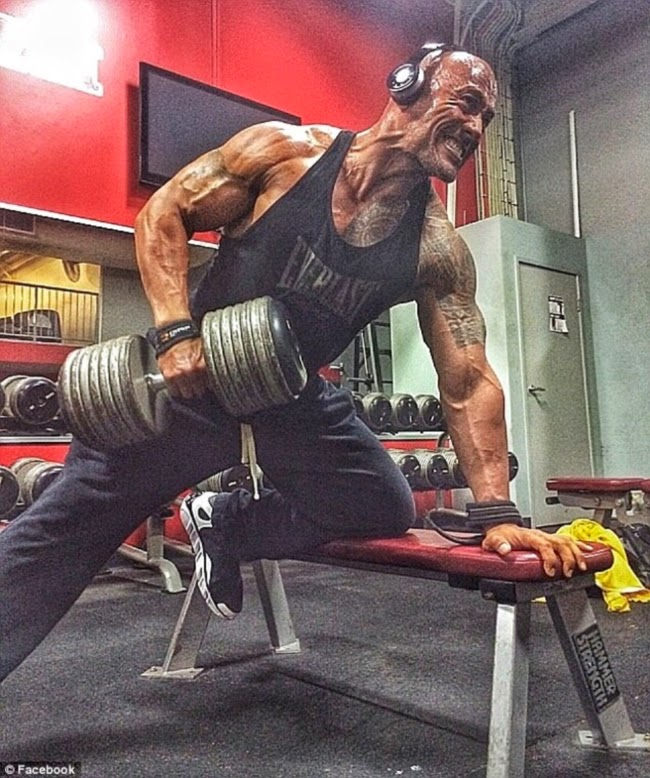 Latihan Otot Bahu The Rock (Dwayne Johnson's)