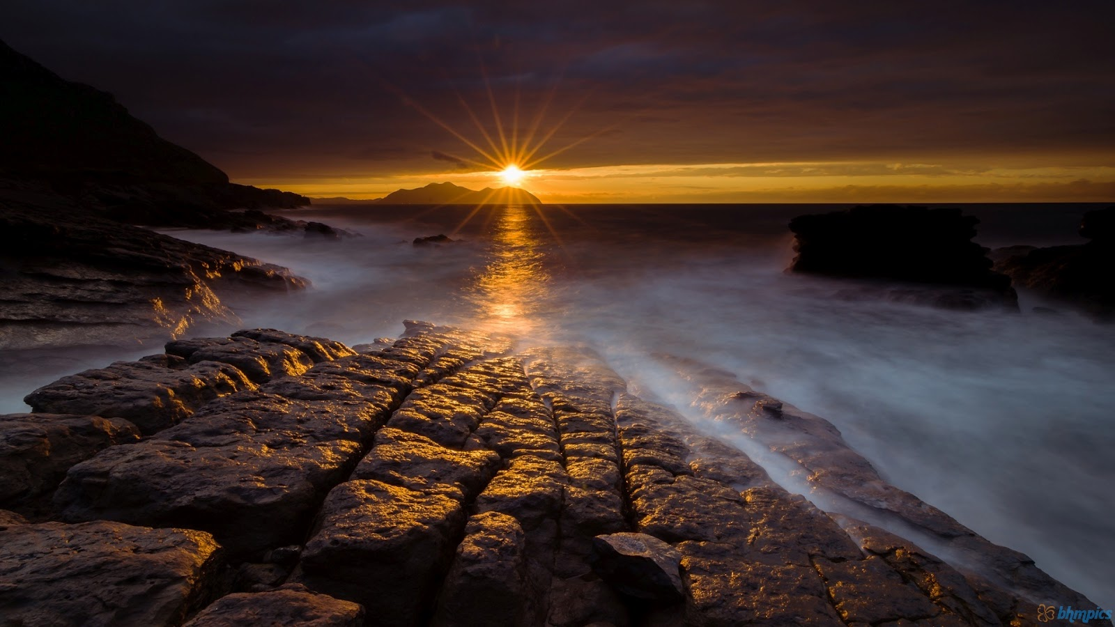 Free Best Pictures: Night Sea Rocks Landscape Wallpapers ...