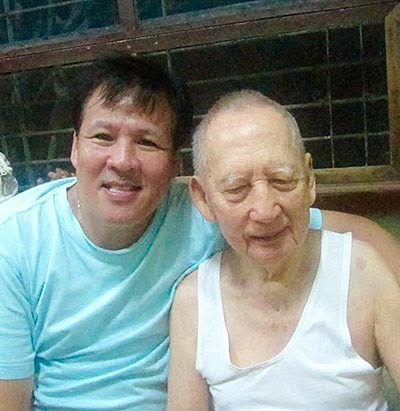 Jesse Robredo and father Jose Chan-Robredo, Sr.