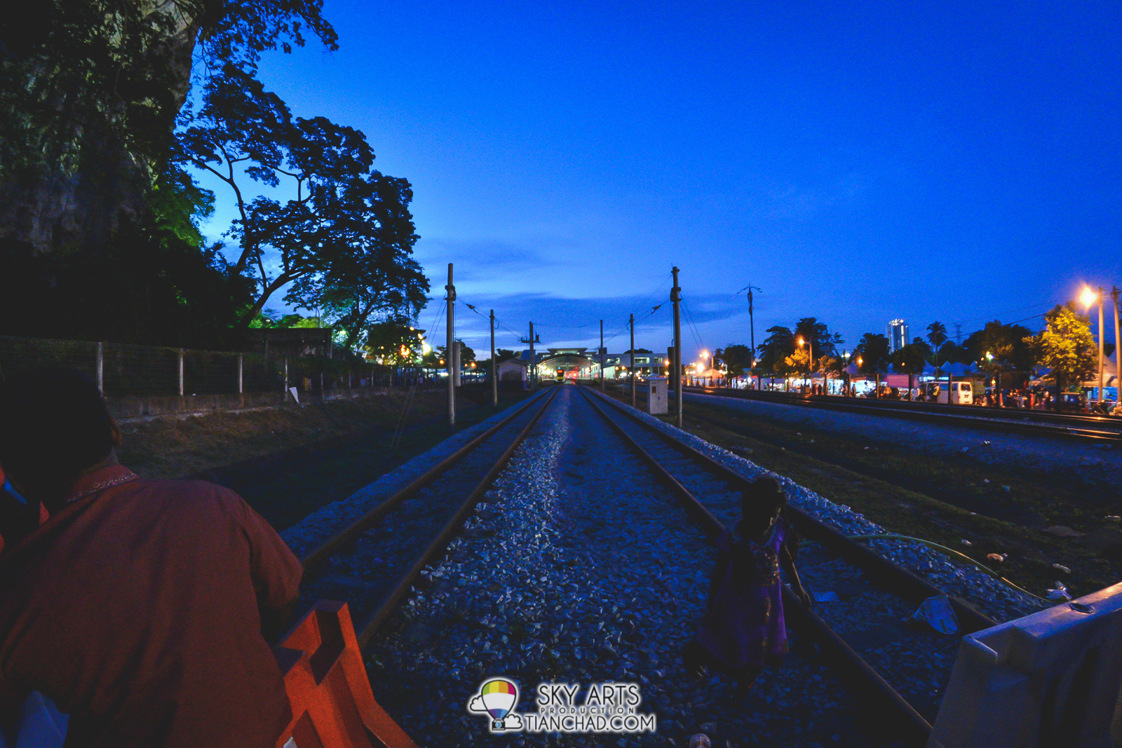 Crossing the railway to washing area - Thaipusam 2015