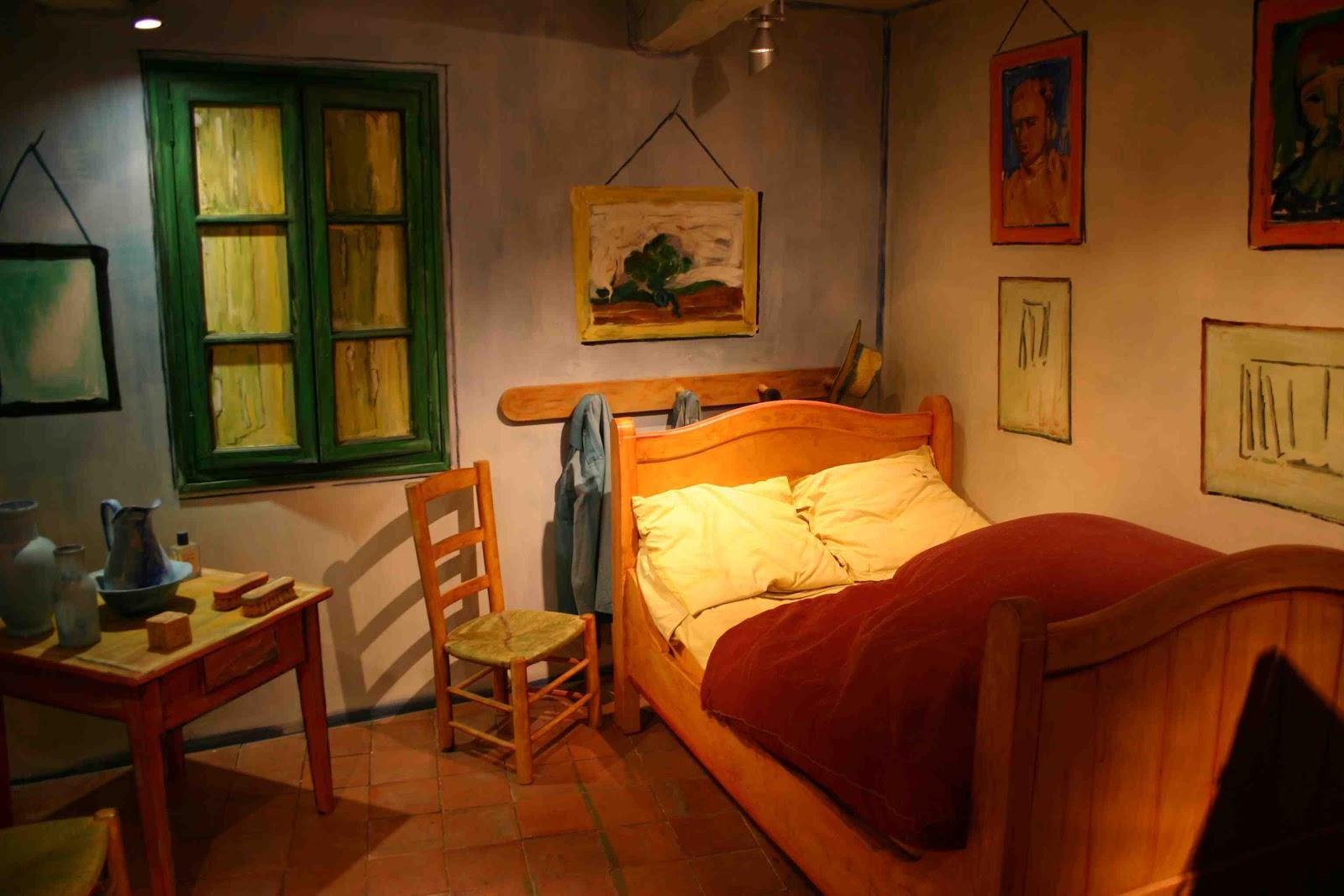 Novel travelist in van gogh 39 s footsteps for Bedroom in arles