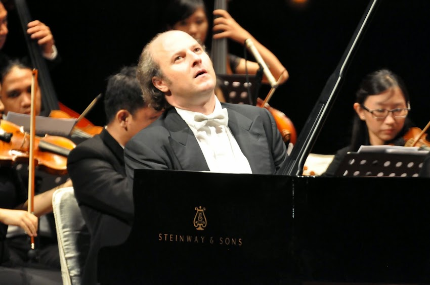 Kamu suka lagu Beethoven? (stevekaufmanpopart.com)