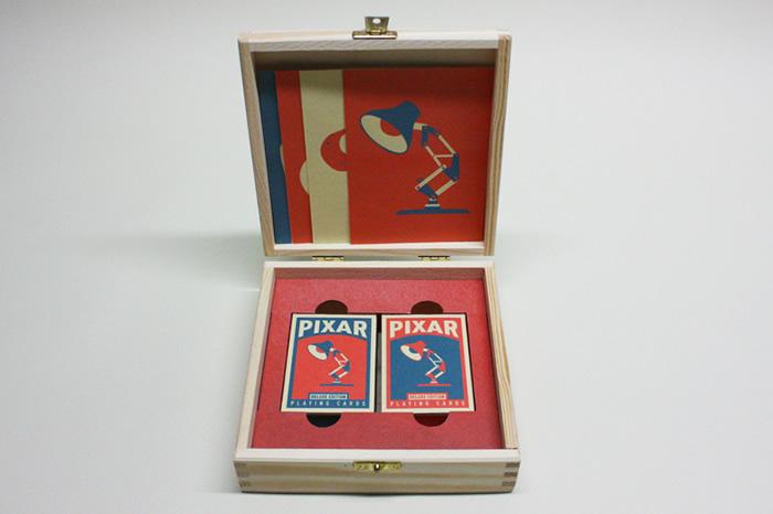 Cartas de baralho temáticas da Pixar