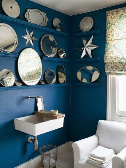 Baños Amarillos Con Azul:con detalles en color oro y todo esto combinará con la pared y los
