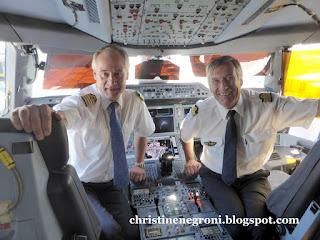 Airbus%2BA350%2B%252820%2529.JPG