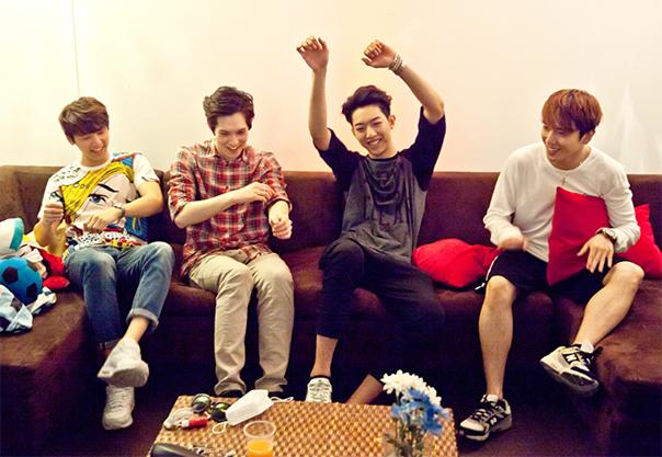 CNBLUE Üyeleri Instagram Hesabı Açtı /// 3 Ekim 2014