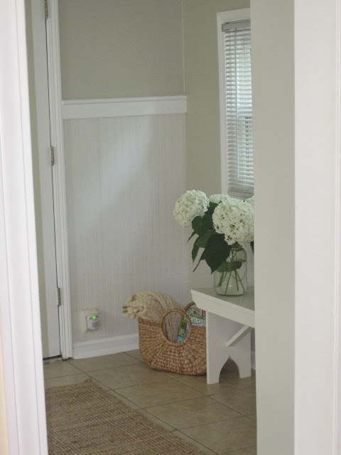 http://decoratedchaos.blogspot.com/2013/07/mudroom-makeover-reveal.html