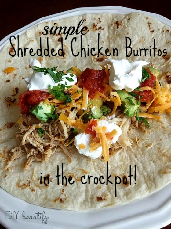 How to make shredded chicken burritos in the crock pot! www.diybeautify.com