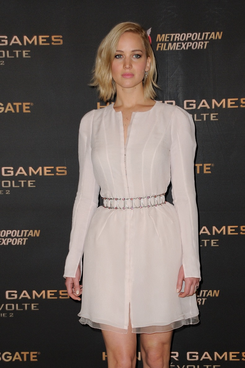 Jennifer Lawrence looked incredible when she arrived at the Hunger Games: Mockingjay Part 2 premiere in Paris