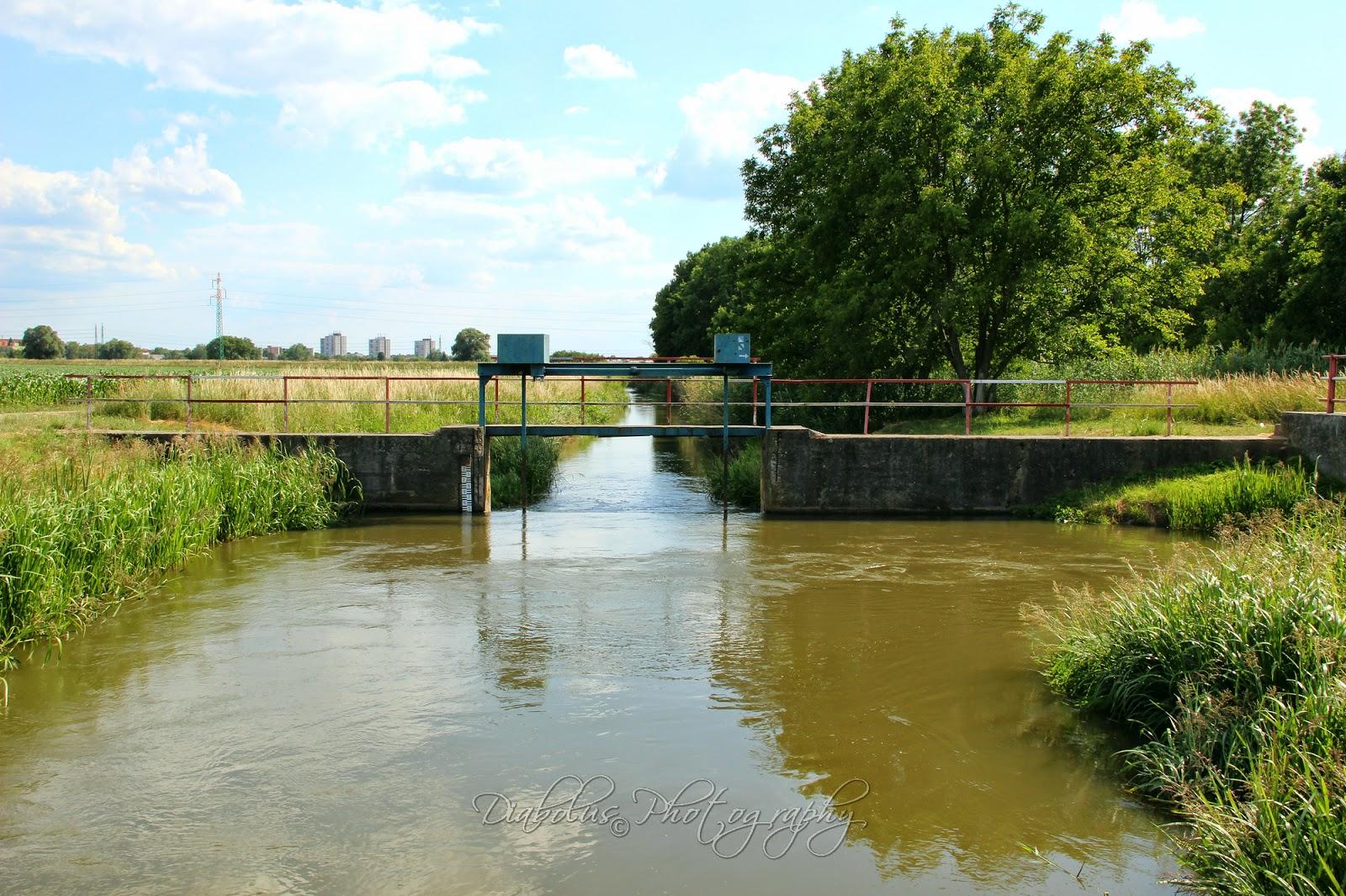 Jez na Chvojnici u Kátova/The Little Weir on Chvojnica River near by Kátov