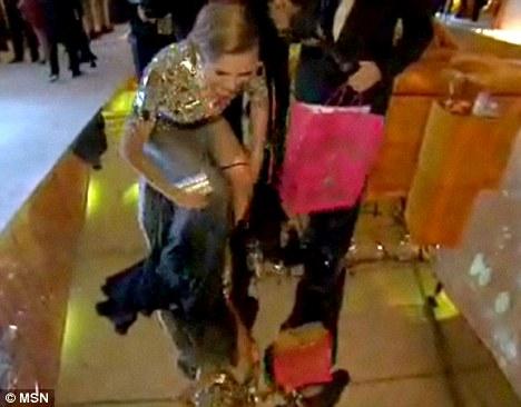 heidi klum oscar 2011 underwear. Klum was a guest at Sir Elton