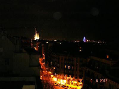 Barcelona vazuta de sus, noaptea