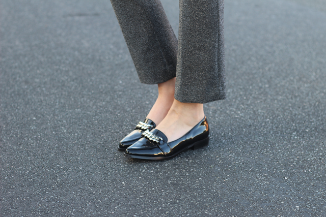 missguided chain loafers