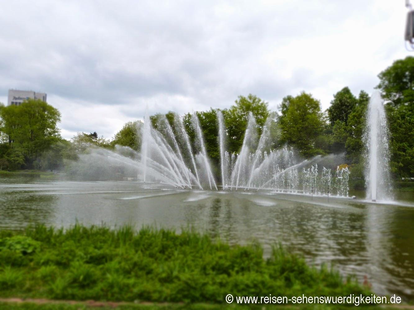 Wasserspiele Planten un Blomen - Schönster Park in Hamburg