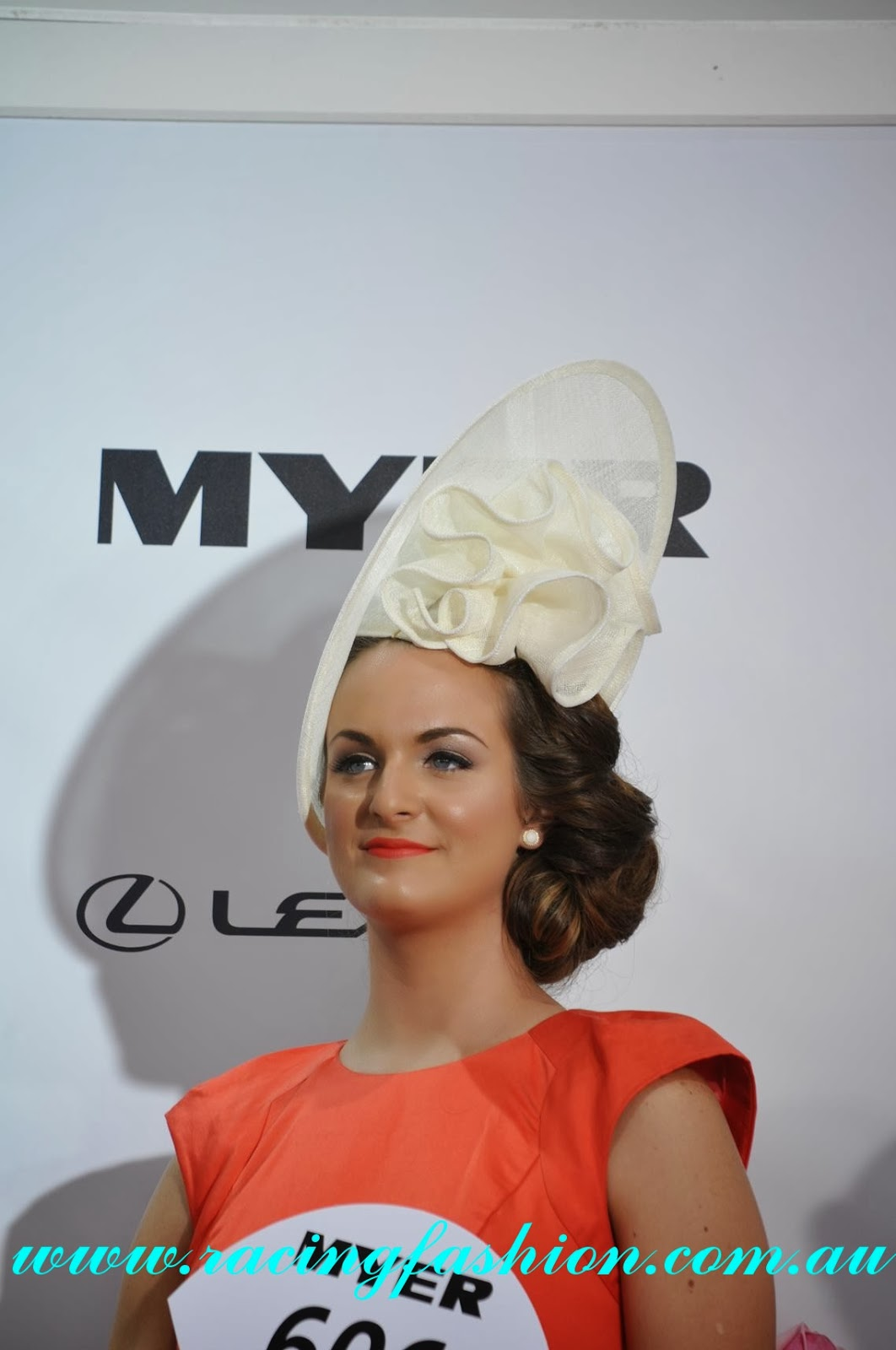 Melbourne Cup 2018 Fashion Tips, Dresses Hats - Punters
