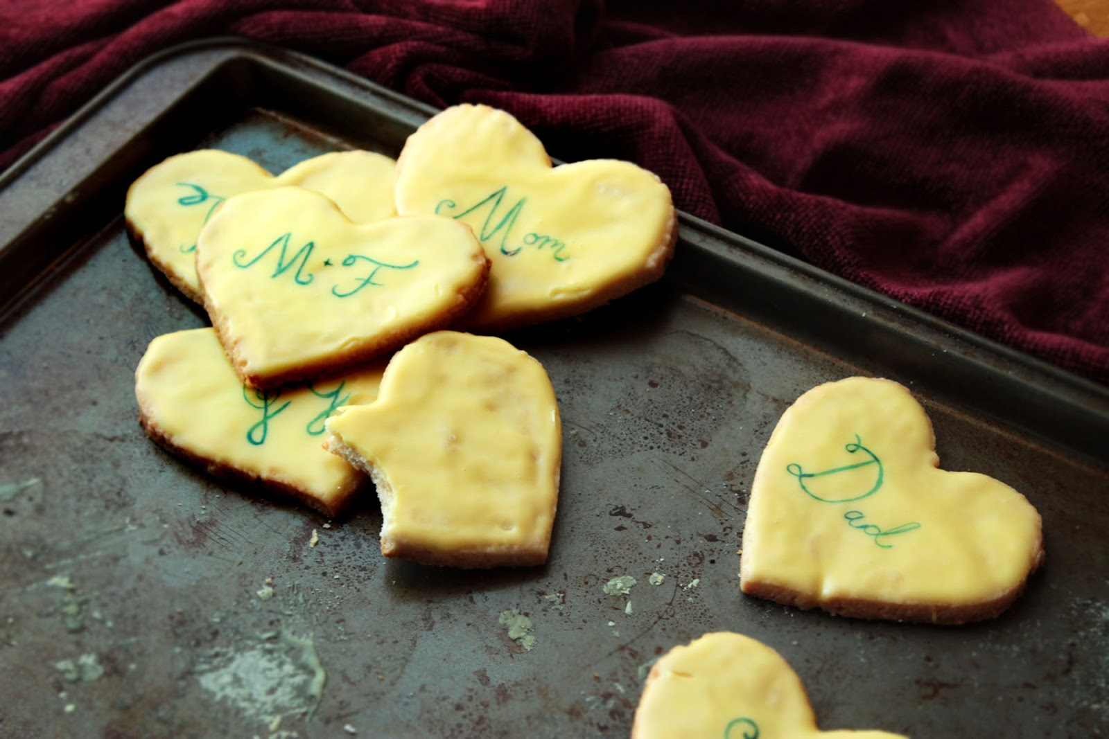 Food Nasty: Valentine's Day Lemon Shortbread Cookie!