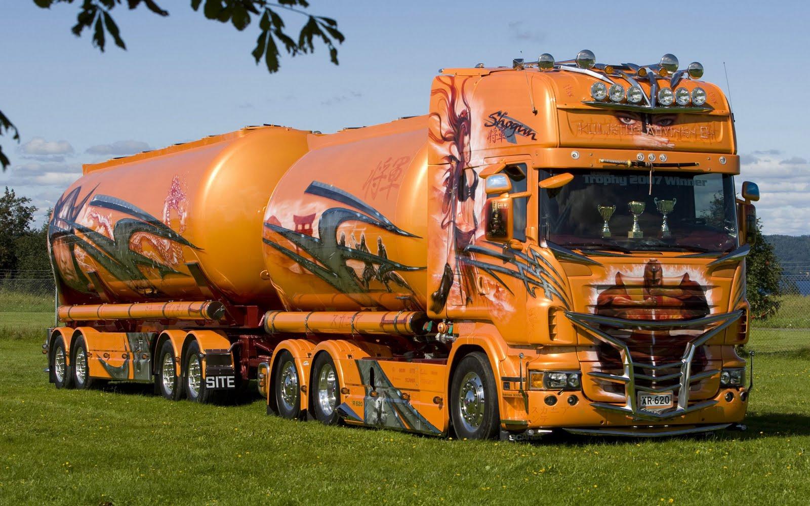 Cool Monster Trucks