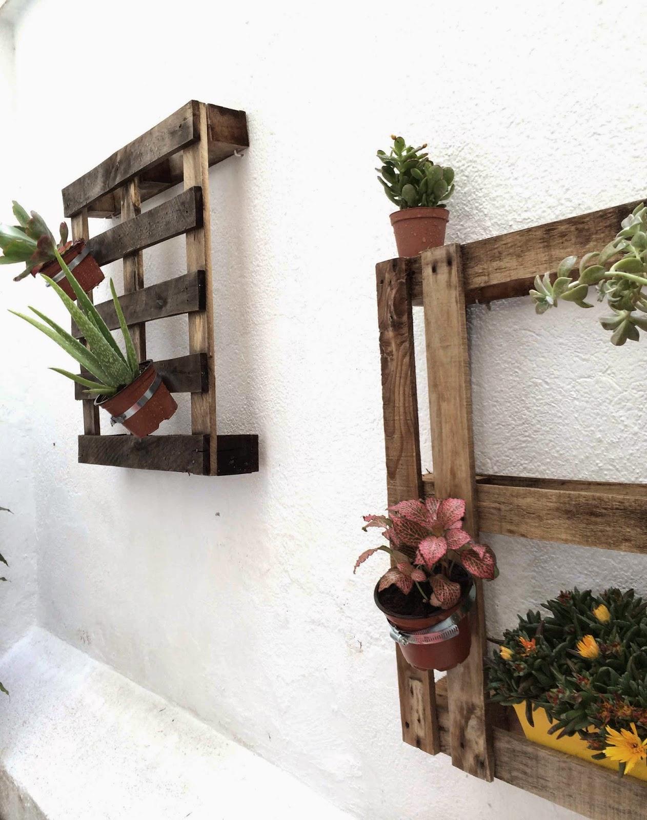 pared vegetal con pallets diy