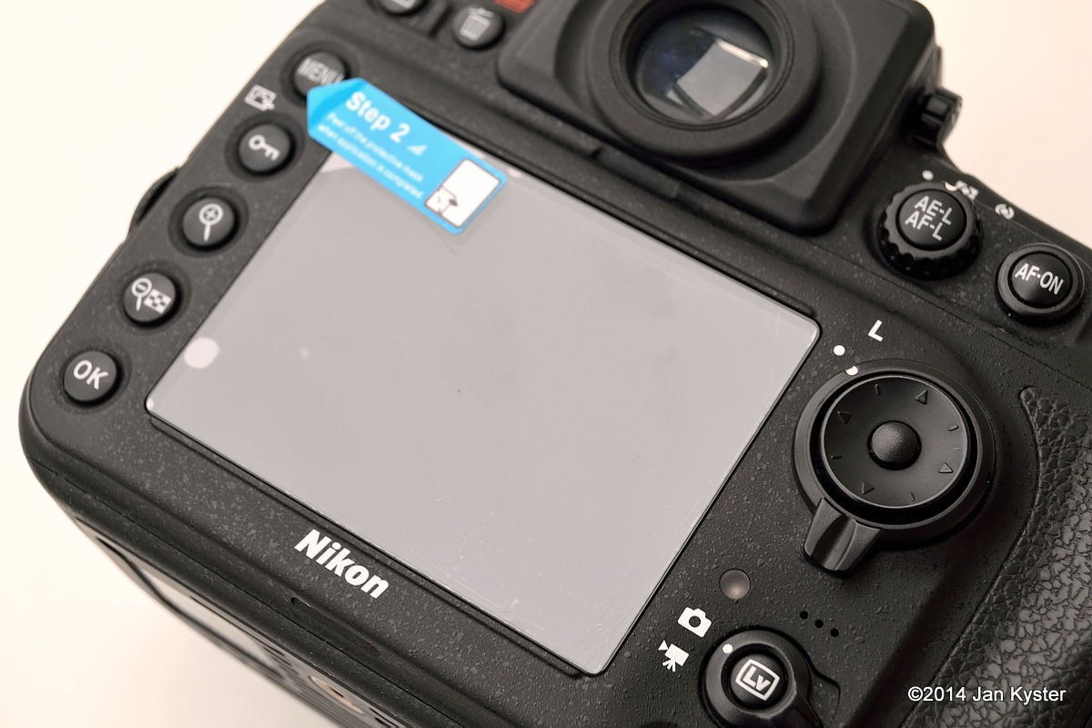 Expert Shield - Screen Protector applied on the LCD screen