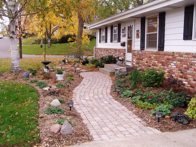 front walk landscaping ideas