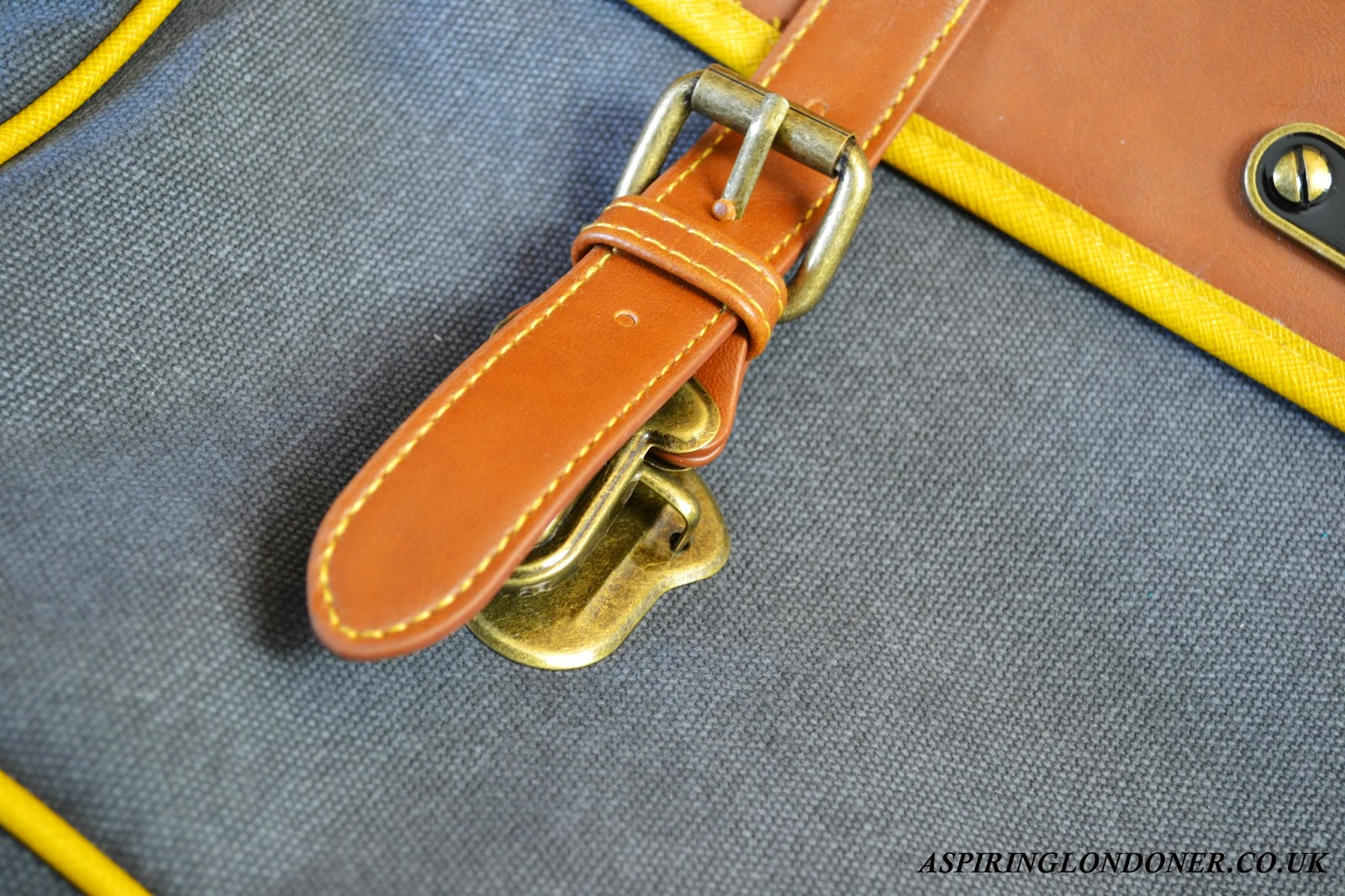 Ted Baker On Course Ted Messenger Bag Review - Aspiring Londoner