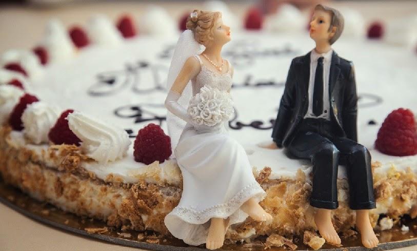 Figuras en la tarta nupcial