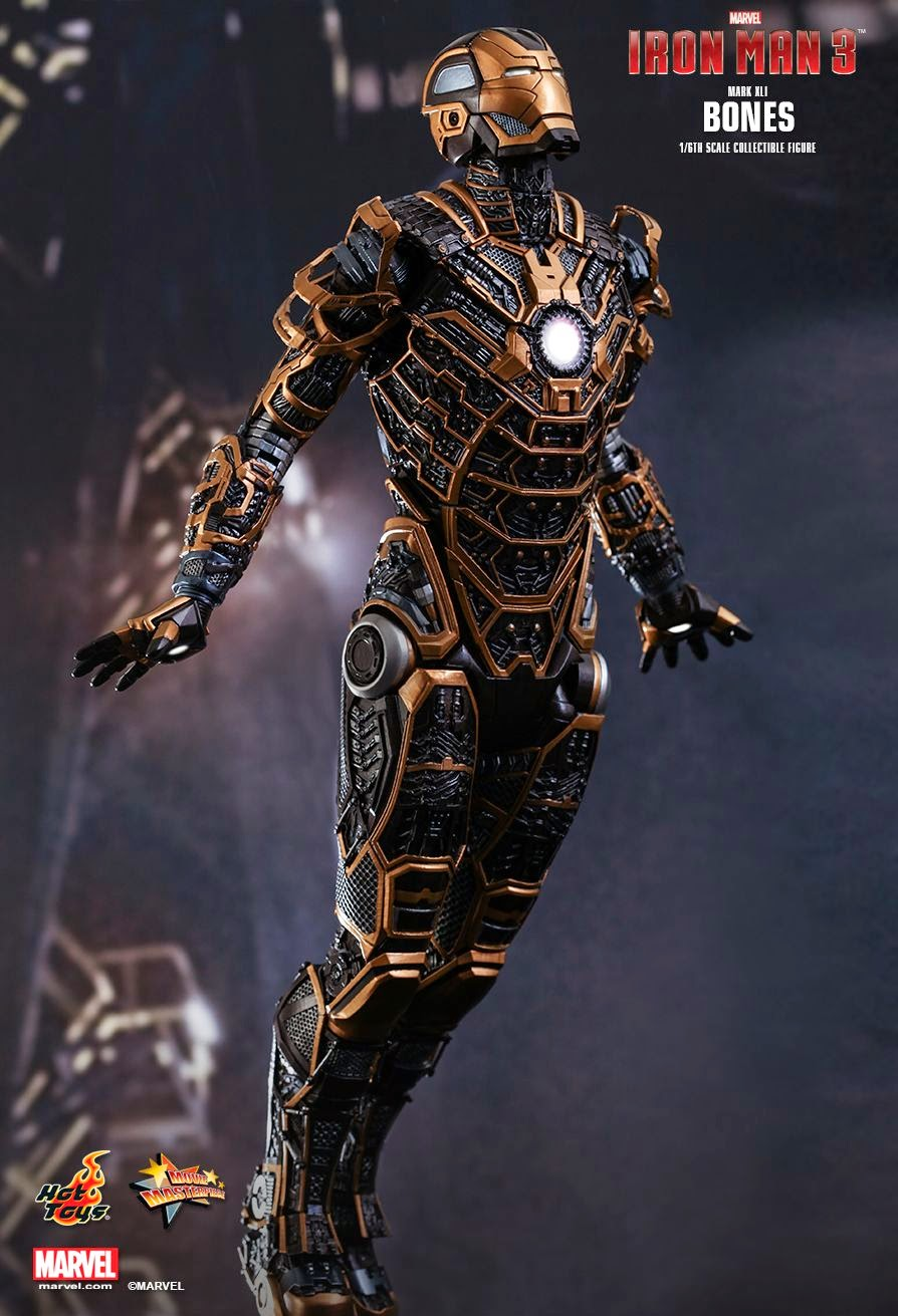 """toyhaven: Incoming: Hot Toys """"Iron Man 3"""" 1/6 scale ..."""