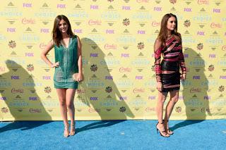 Victoria Justice Nina Dobrev, celebrity look alike