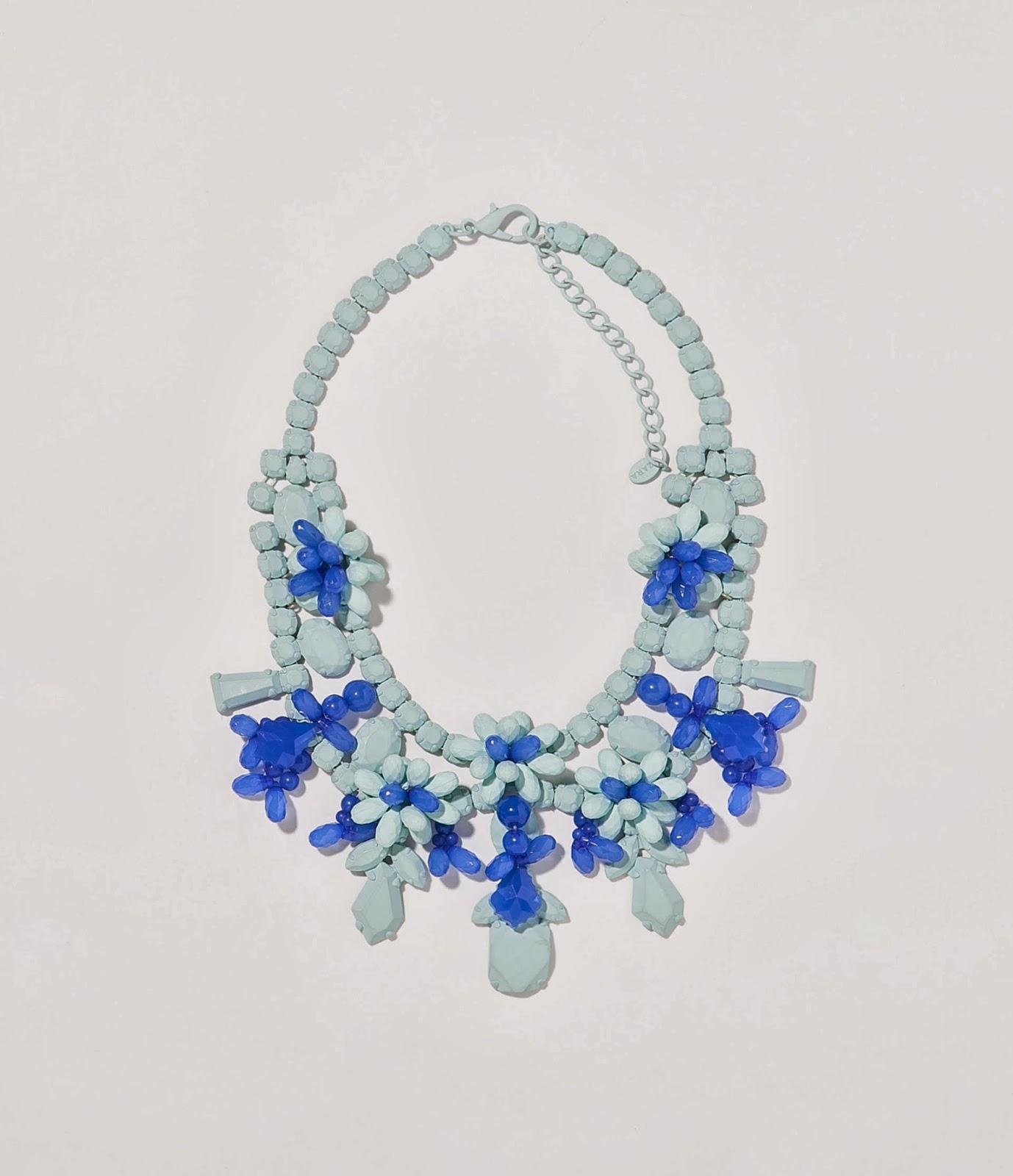 Collar en azules Zara
