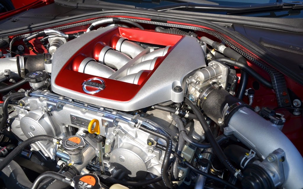 2016 Nissan GT-R Engine