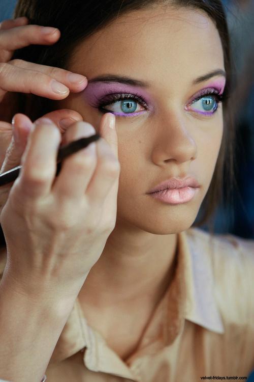http://4.bp.blogspot.com/-HzhDqj9x2vA/URwtKR6WMNI/AAAAAAAACW0/XVJDeNUxMc4/s1600/pink12.jpg